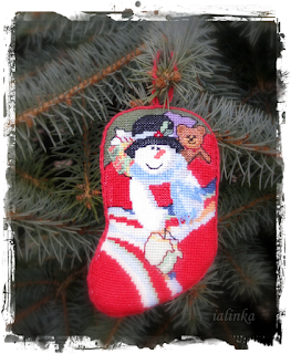 http://ialinka-vdohnovenie.blogspot.com/2015/12/holiday-stocking-ornaments-dimensions_26.html