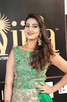 Manjusha in Beautiful Sleeveless Green Anarkali dress at IIFA Utsavam Awards 77.JPG