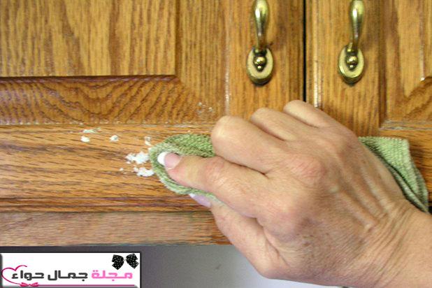 تنظيف خشب المطبخ من الزيوت - تنظيف المطبخ الخشب من الدهون - تنظيف المطبخ الخشب من الزيوت - تنظيف دولاب المطبخ الخشب من الدهون - تنظيف خزائن المطبخ الخشب من الدهون - طريقة تنظيف المطبخ الخشب من الدهون بالصور - تنظيف دواليب المطبخ الخشب من الدهون - ازالة بقع الدهون من الخشب -