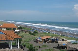 pantai.jpg