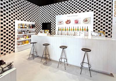 Barcelona Designers Collective, La Roca Village, Fomento de las Artes y del Diseño, Suits and Shirts, centro comercial, diseño, Pop Up Store,