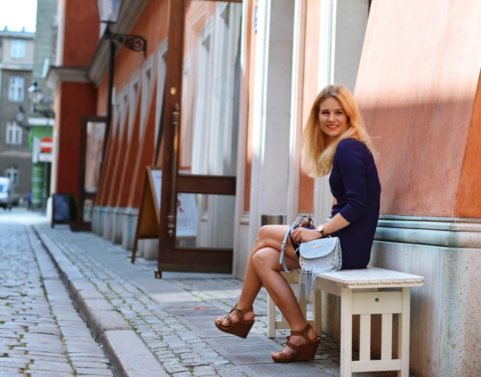 klasyczna, granat, blog, blogspot, bloger, poznan, prosta, obcisła