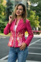 Jacheta roz • Ade