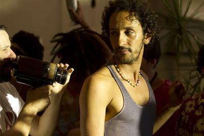 """Cinema: quarta (dia 22) tem exibição do filme """"Tatuagem"""" no Sesc Registro-SP"""