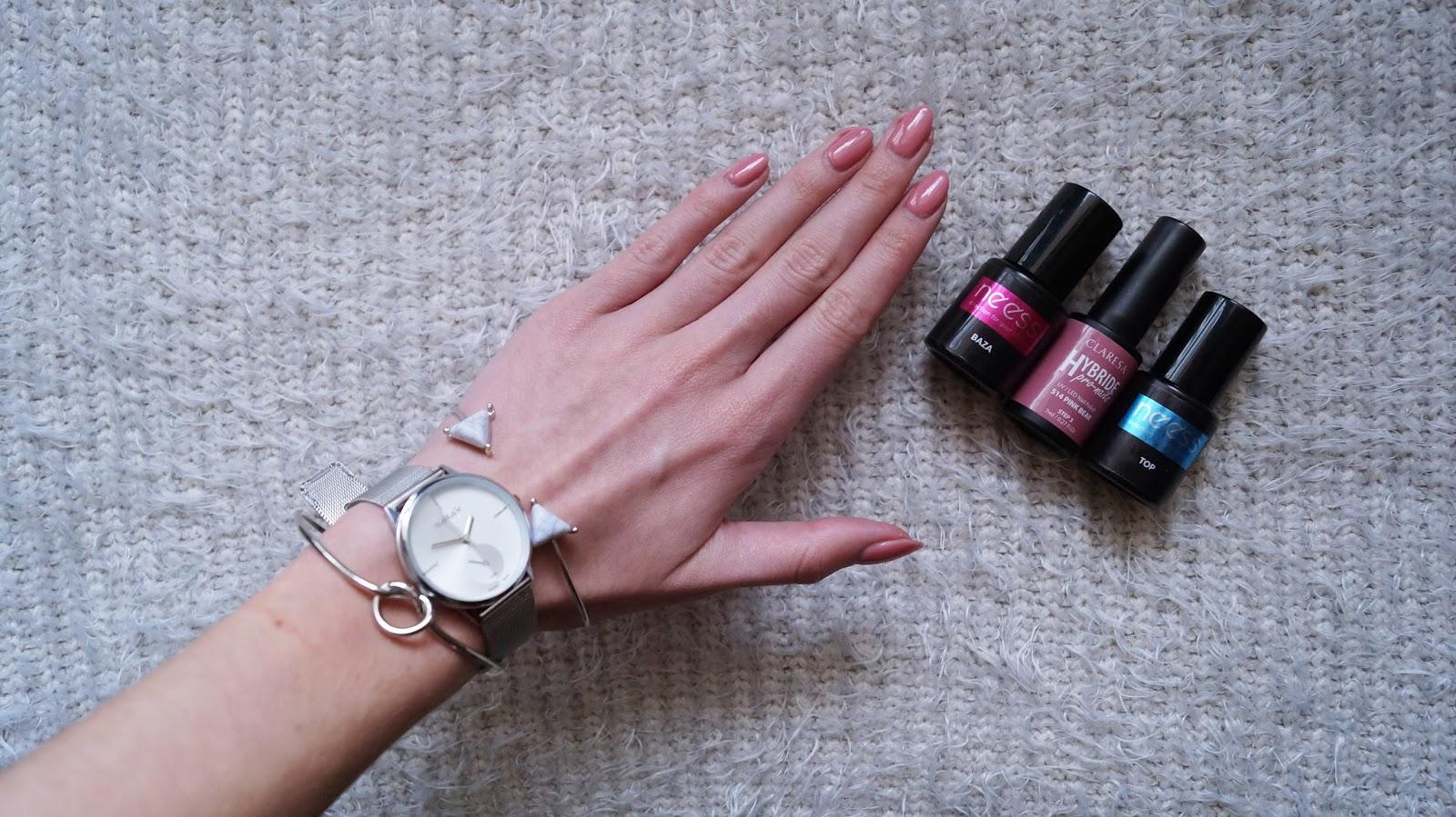 Różowy Miś na paznokciach? - recenzja lakieru hybrydowego Claresa nr.514 Pink Bear