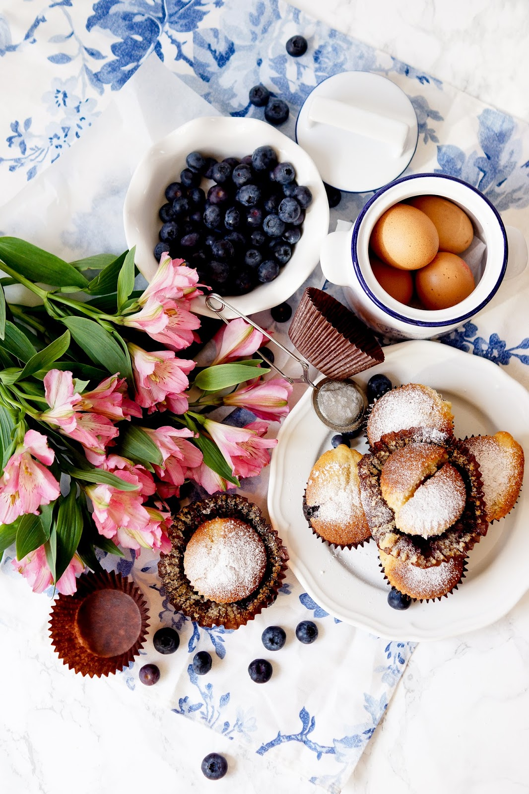barely-there-beauty-blog-blueberry-cake-recipe-food-flatlay
