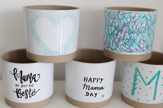 DIY individuelle Blumentoepfe bemalen mit Handlettering und Kindern Muttertag Geschenkidee Jules kleines Freudenhaus