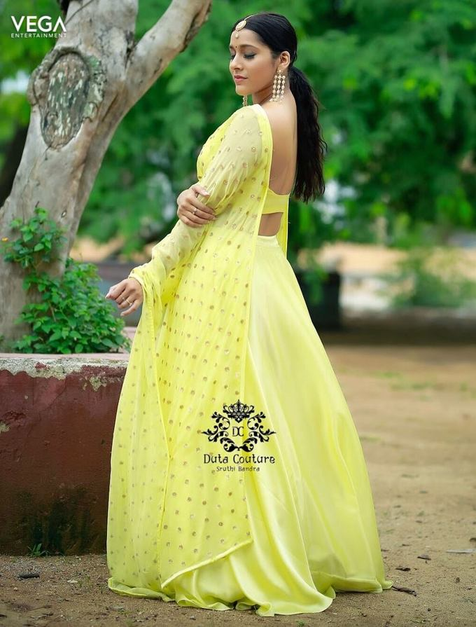 Rashmi Gautam in Yellow Deep Neck Transparent Ethnic Wear