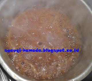 Cara Membuat Bolu Karamel Panggang Tanpa Mixer