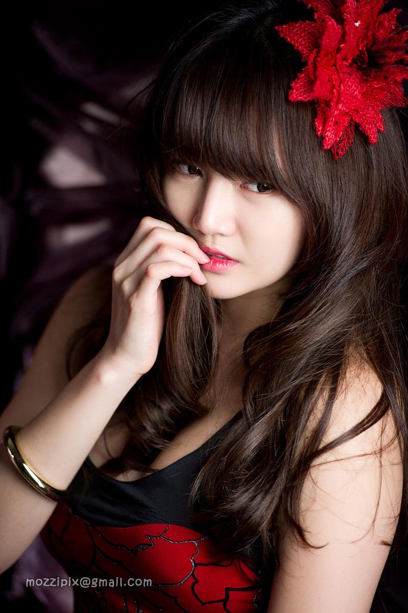 [Han Ga Eun] 2011.01.25 - Red Long Gown