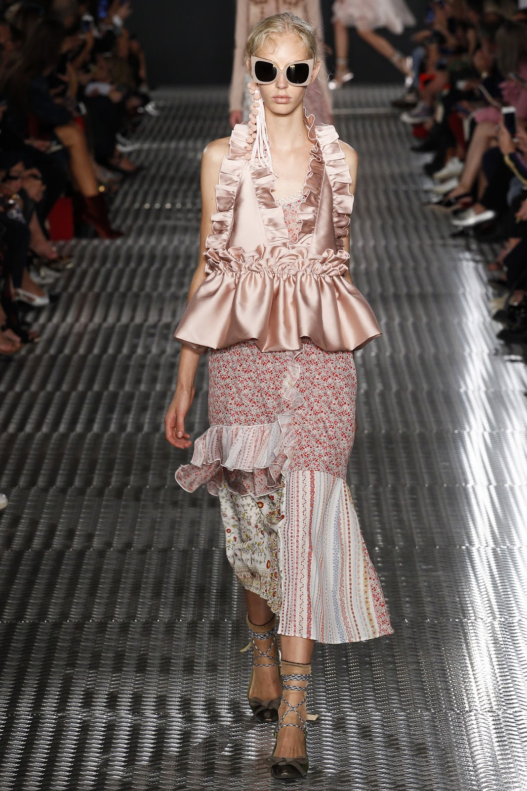 Runway No 21 Spring Rtw Collection At Milan Fashion Week 2017 Cool Chic Style Fashion