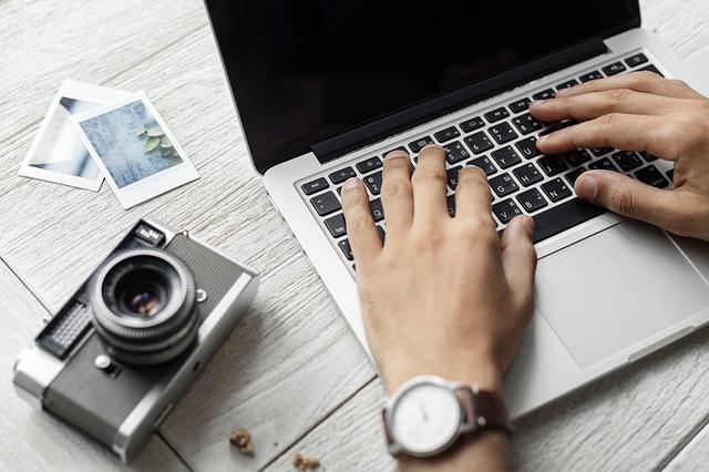 Bisnis Jasa Penulis Artikel Lepas untuk Media Online
