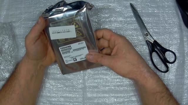 жёсткий диск в упаковке