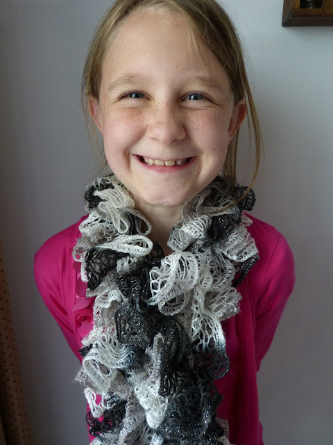 the homespun heart: Sashay Scarf