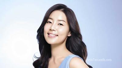 Model Korea Selatan Terseksi Han Ji Hye