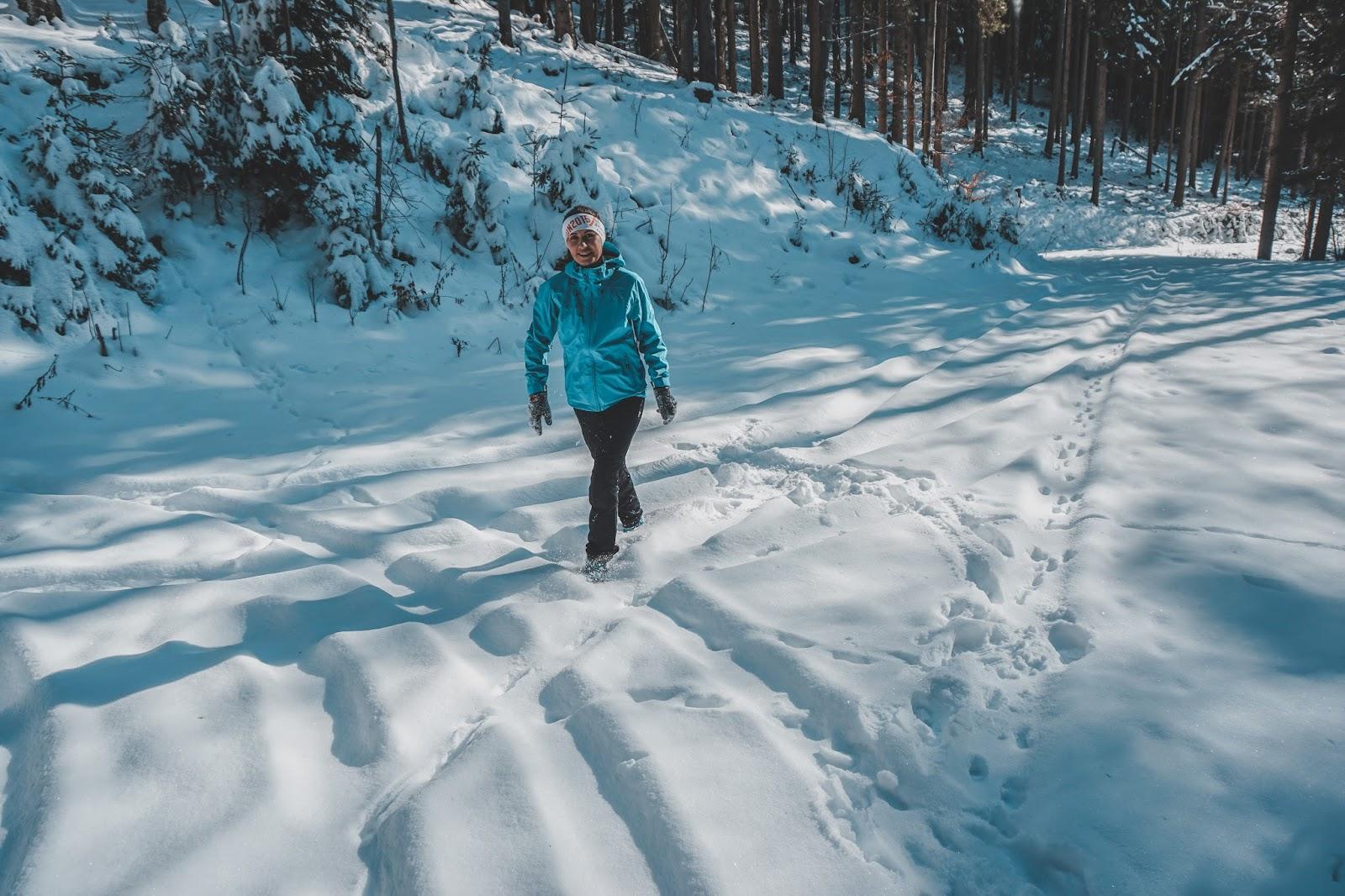 Austria, ubiór w góry, wspinaczka, trekking w górach, ubiór na trekking, jaką kurtkę wybrać w góry, jaką kurtkę hardshell wybrać, blog podróżnicz, jak ubrać się zimą w góry