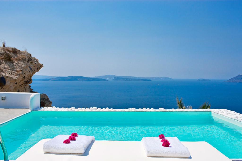 Superb Katikies Hotel In Oia Santorini Greece