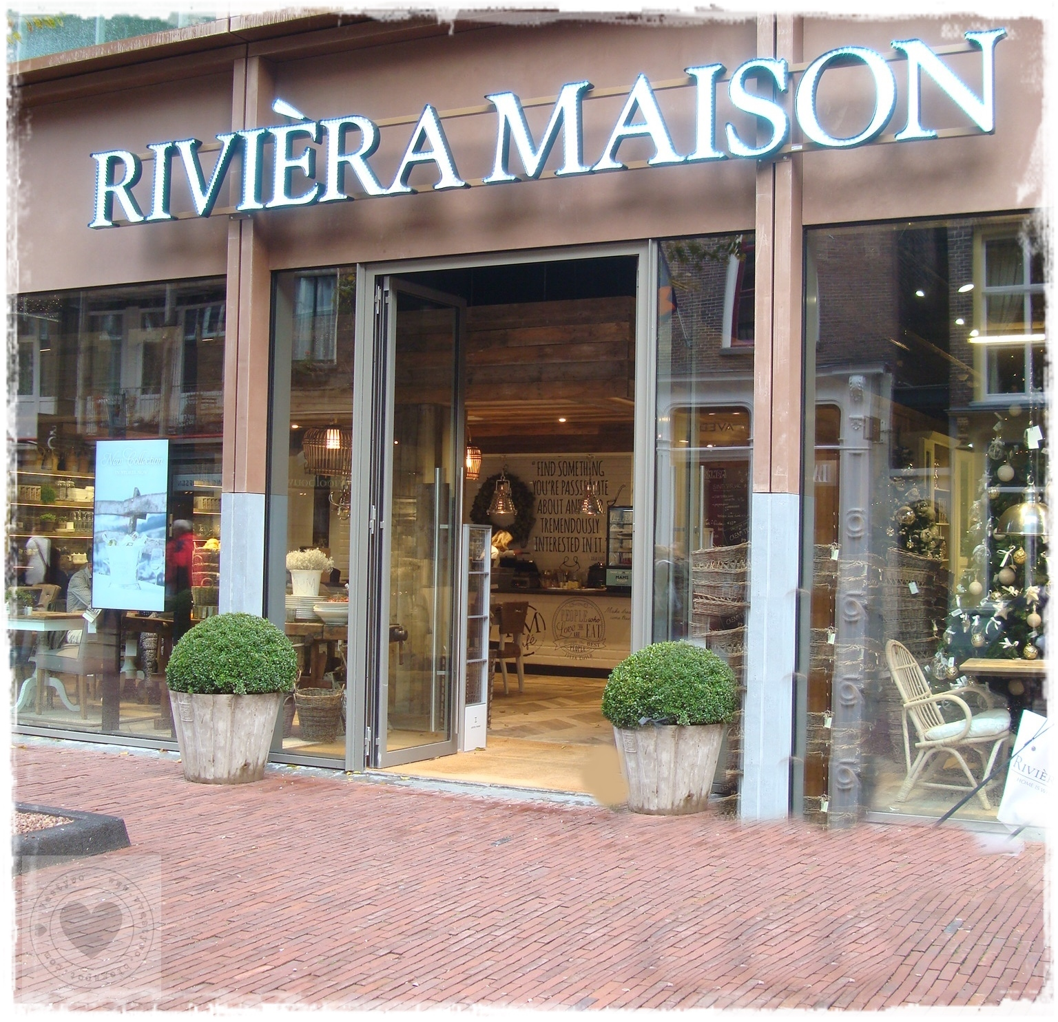 vestywo riviera maison new store rm cafe arnhem give away. Black Bedroom Furniture Sets. Home Design Ideas