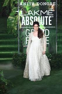 Kareena Kapoor Glows in Mesmerizing Cream Gown at Lakme Fashion Week for Anita Dongre
