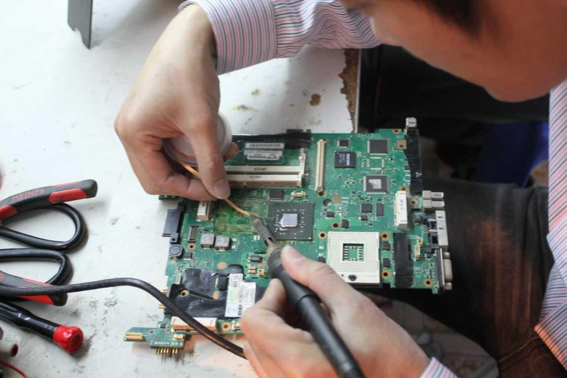 Khóa học sửa chữa Laptop-PC tại hà Nội