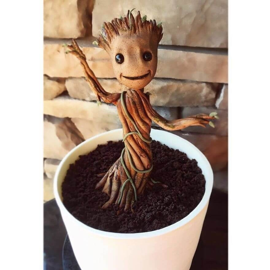 11-Groot-Guardians-of-the-Galaxy-Leslie-Vigil-Themed-Decorated-Cakes-www-designstack-co
