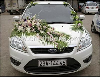 Mẫu hoa xe cưới đẹp 1,3 triệu XH 075