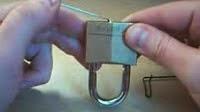 ΦΟΒΕΡΟ ΚΟΛΠΟ! Πώς θα ανοίξετε ένα λουκέτο αν χάσετε τα κλειδιά