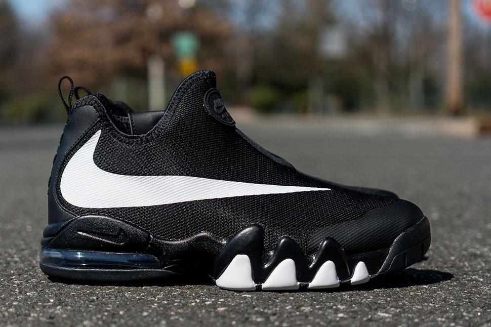 625ae0e51a Footwear: Nike Big Swoosh.