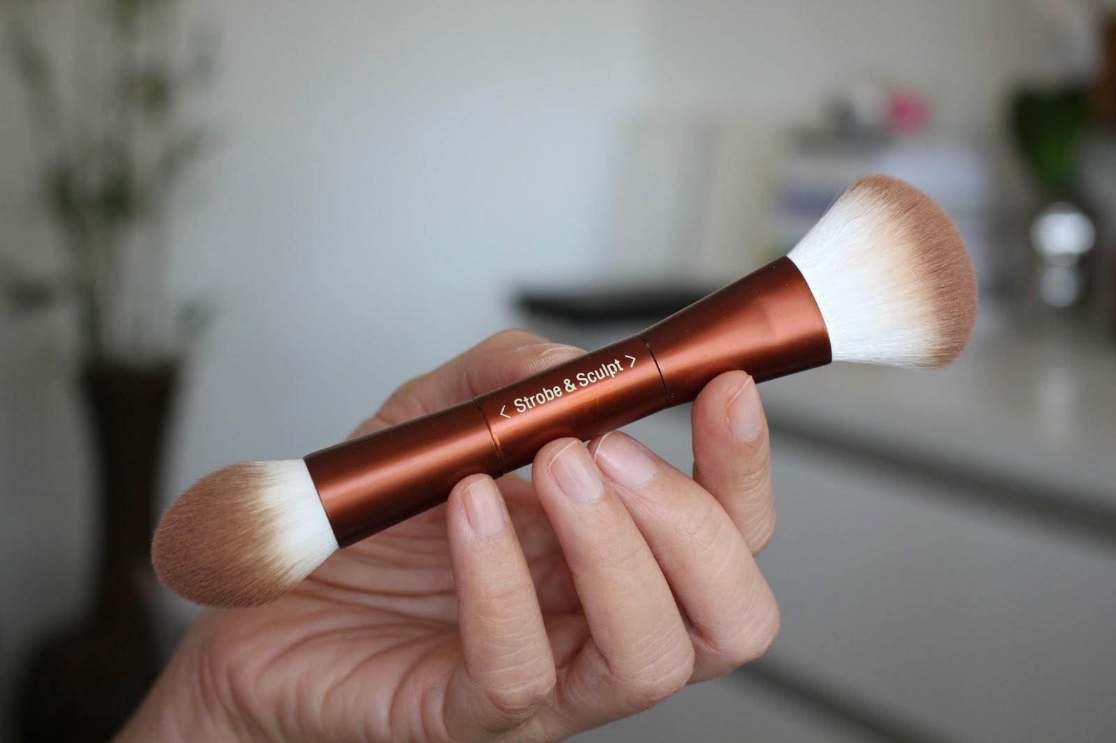 Pixi Beauty Maryam Maquillage Strobe & Bronze Glow & Bronze Palette & Strobe & Sculpt Highlight & Contour Palette
