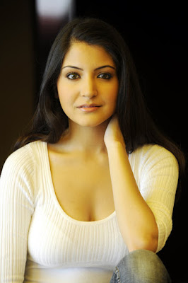 being-outsider-never-faced-nepotism-anushka-sharma