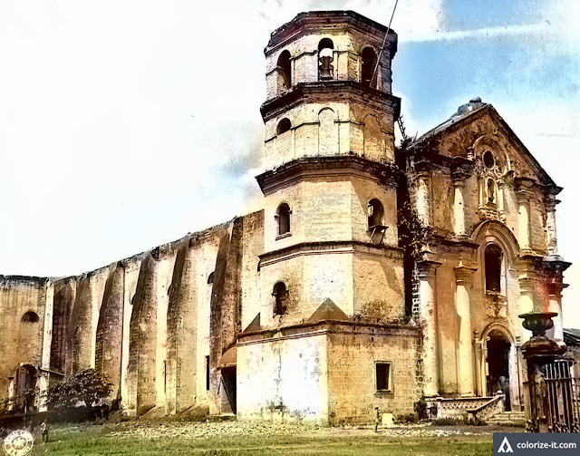 The Lipa Cathedral right after World War II.  Image source:  United States National Archives.  Colorized courtesy of Algorithmia.