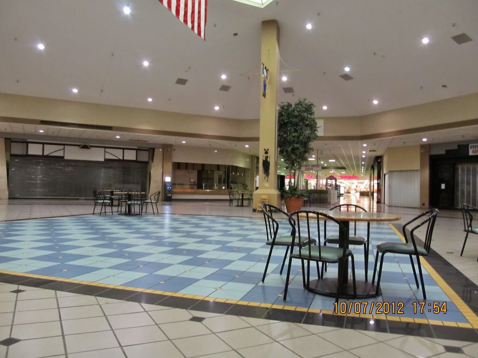 Trip to the Mall Sandburg Mall Galesburg ILThe