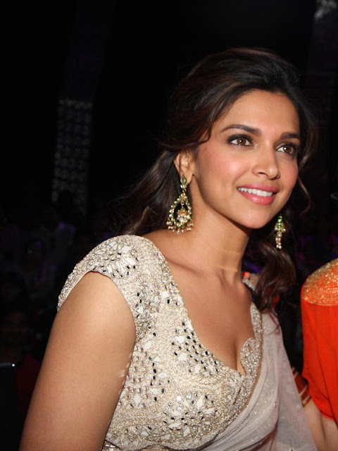 Deepika padukone and priynka chopra