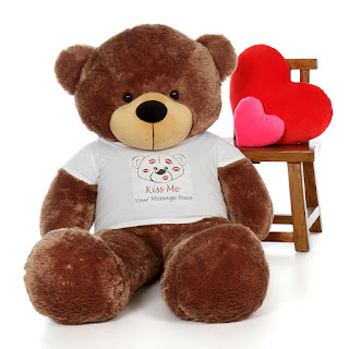 Sunny Cuddles 6ft personalized teddy bear from GiantTeddy