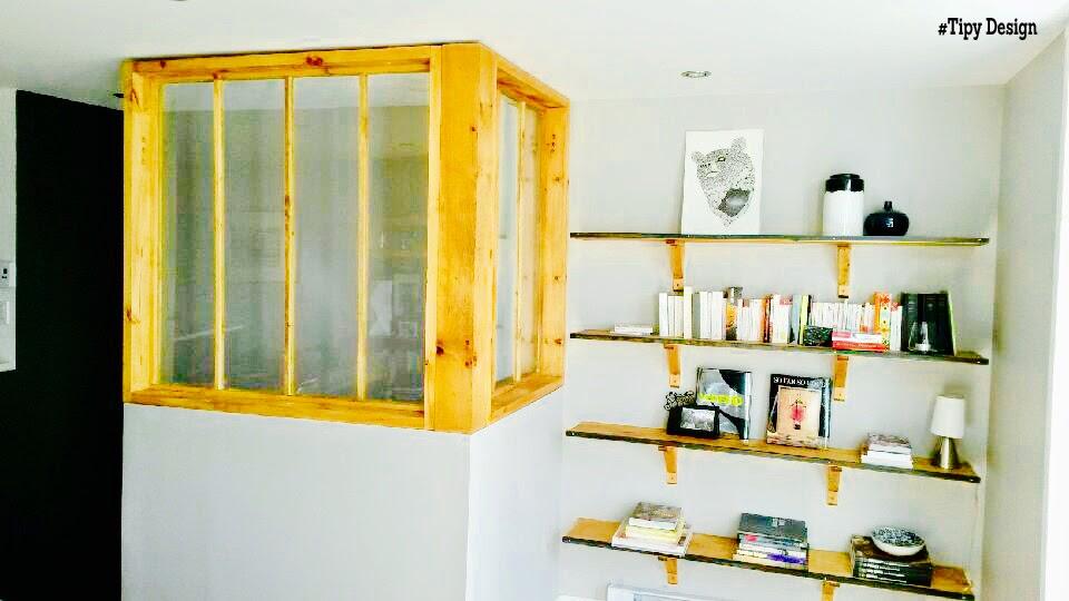 verri re d 39 angle structure en bois. Black Bedroom Furniture Sets. Home Design Ideas