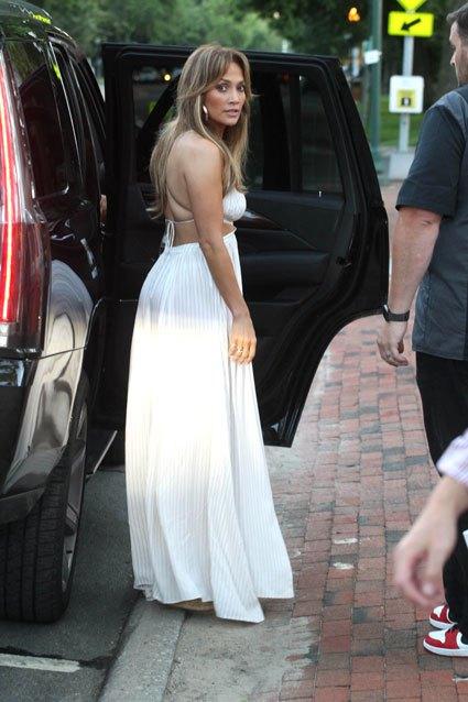 Jennifer Lopez And Alex Rodriguez Take Their Romance To The Hamptons