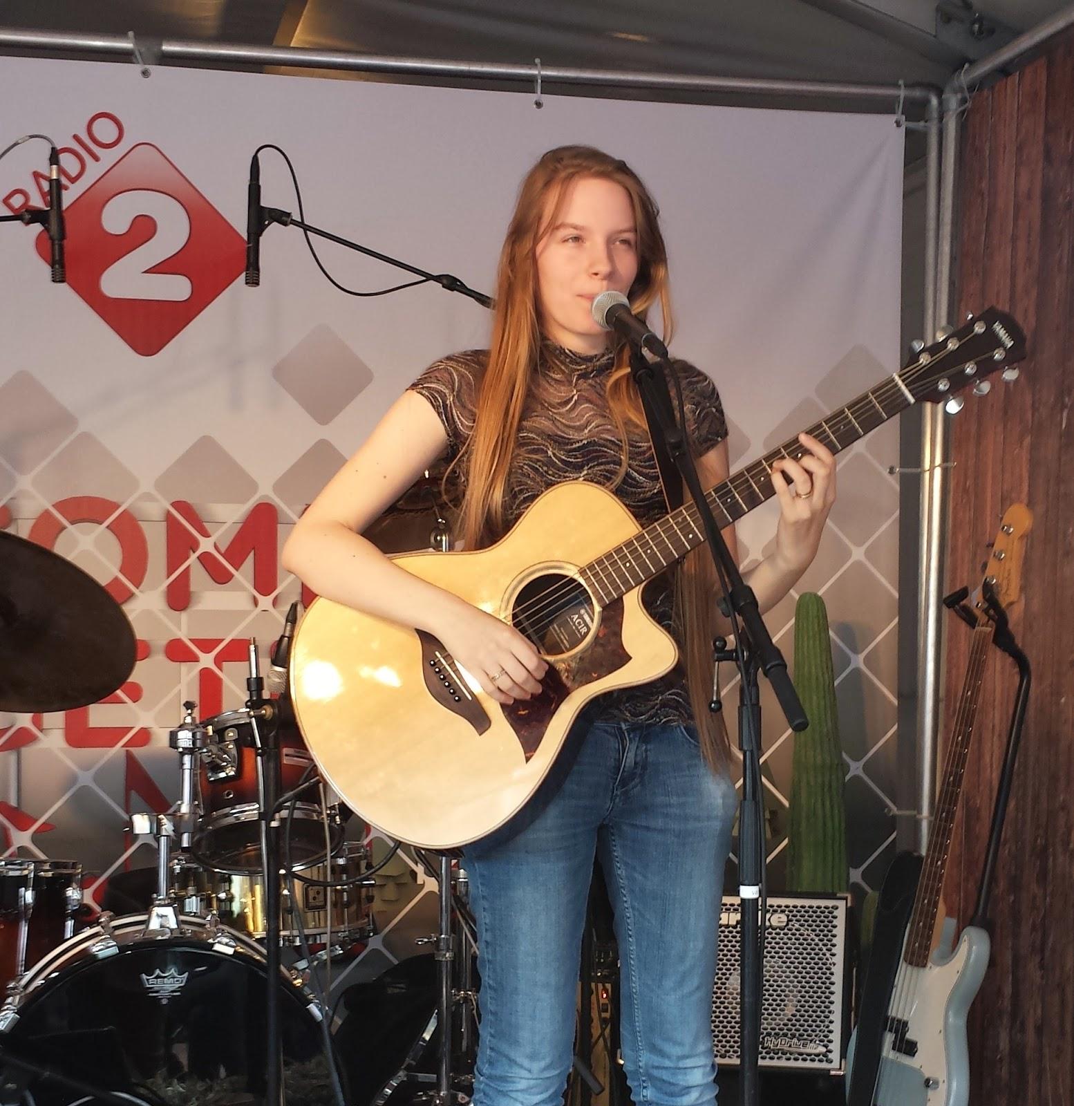 Michelle van Min radio 2