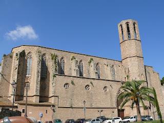 Monasterio pedralbes bus por barcelona