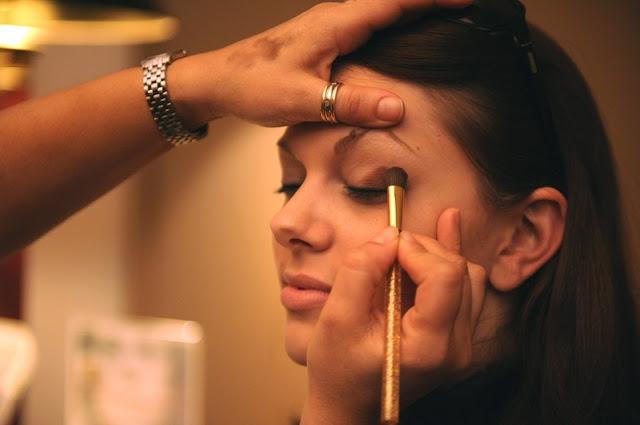 maquillage des yeux - maquillage de soiree - maquillage - maquillage charbonneux - degrade maquillage