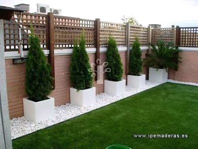 Why do not we make a good house, unless there is no beautiful garden in that house, then there are no beauty in the house? In this post, I am sharing some Garden Decoration Ideas Homemade ideas, with these small garden ideas help you can give your home a new look. With the help of the Garden Decoration Ideas Homemade, you will be decorated with home energy and beauty. You can do this work by yourself or you can get help from someone who is an expert in this field. If you have simple small backyard landscaping ideas in mind, then with the help of a Garden Expert, you can make small garden ideas on a budget of your choice.