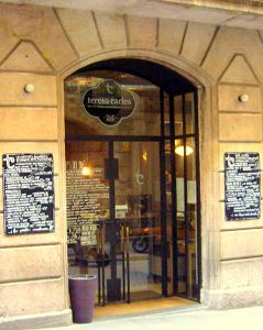 Fotografía de la entrada del restaurante Teresa-Carles