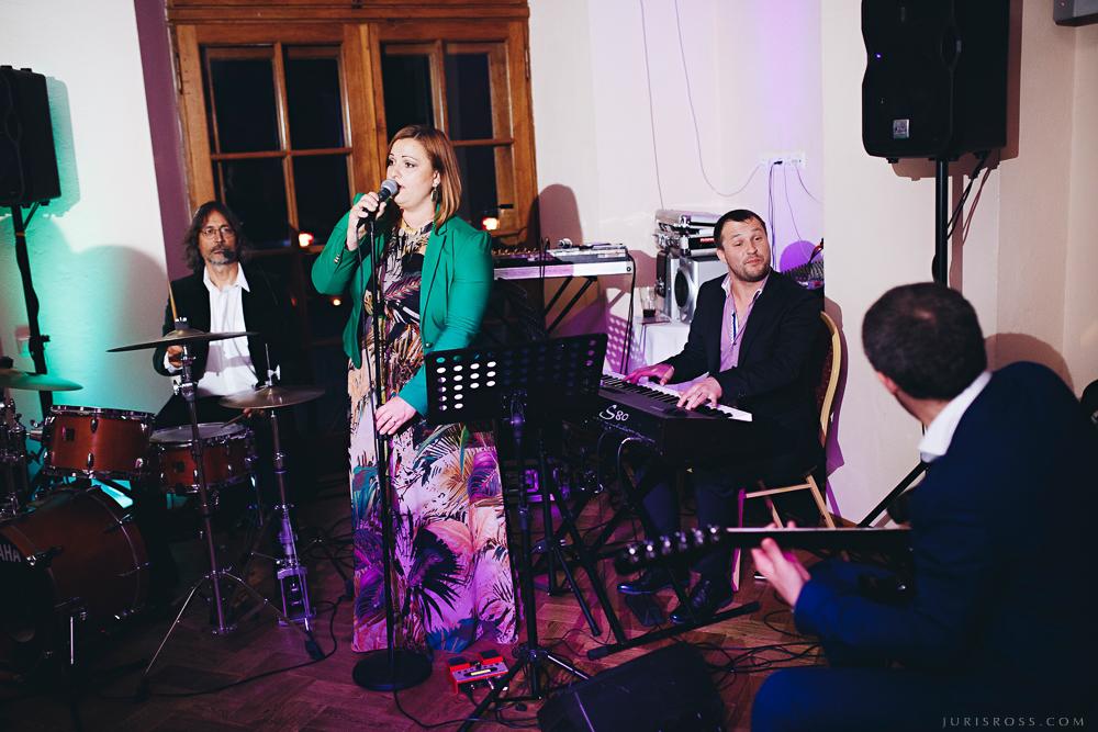 Elizabete Zagorska ar grupu