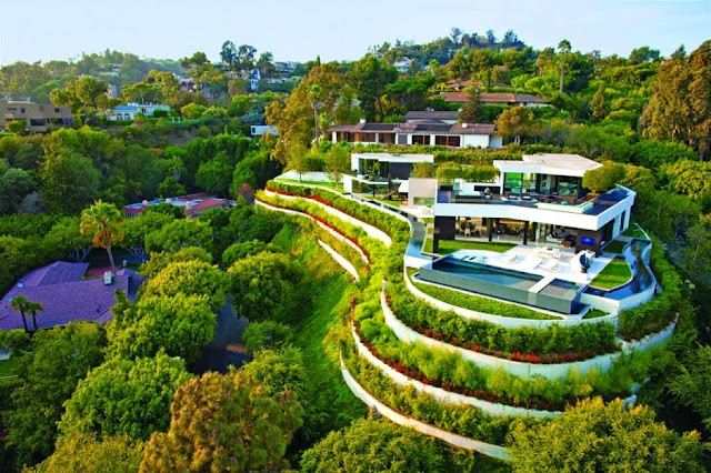 Strikingly Luxurious and Diverse Laurel Way Residence in Beverly Hills