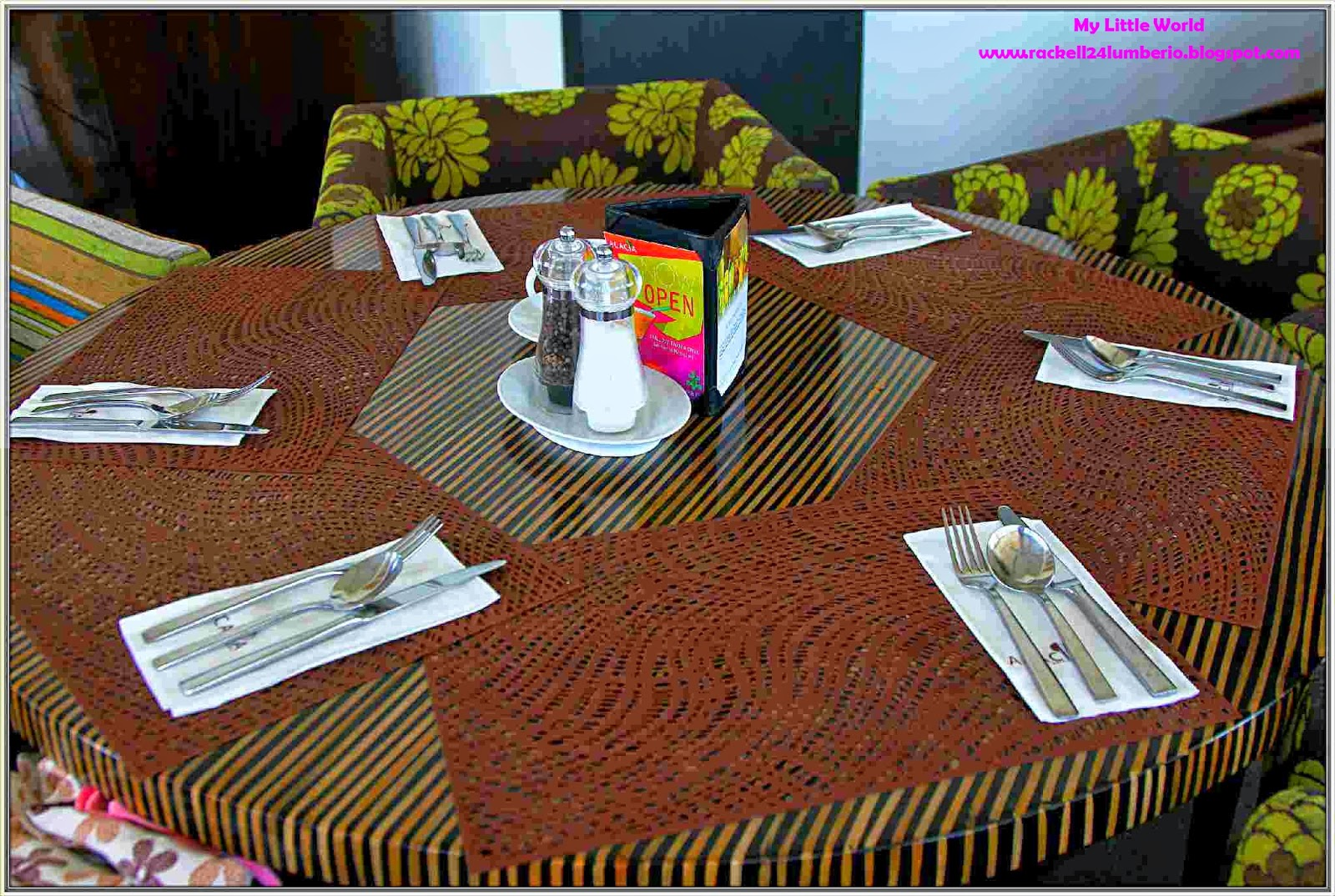 Acacia Hotel Food Review
