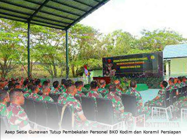 Asep Setia Gunawan Tutup Pembekalan Personel BKO Kodim dan Koramil Persiapan Kodam Pattimura
