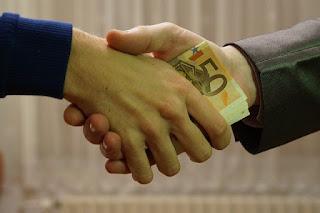 हर महीने पैसे कैसे बचाएं? बैंक बैलेंस को कैसे बढ़ाएं? hindi calling