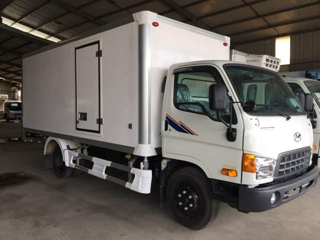 Hyundai HD120s thùng bảo ôn