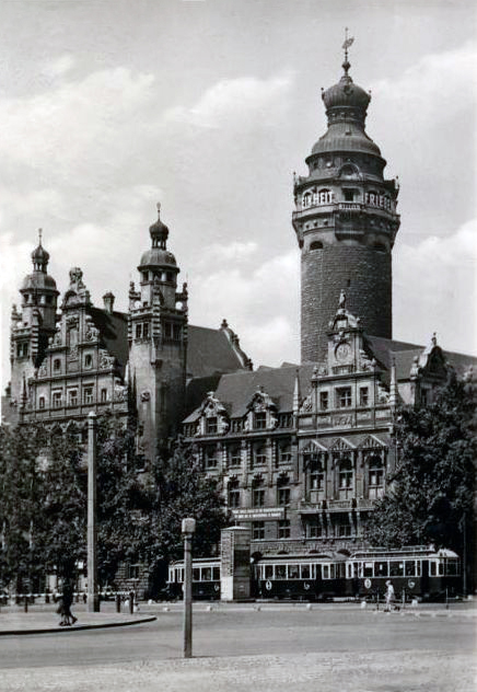 Transpress Nz Trams Outside The Leipzig New Town Hall Germany