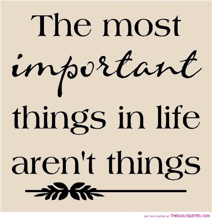 Wordless Wednesday 70 : Important Things.