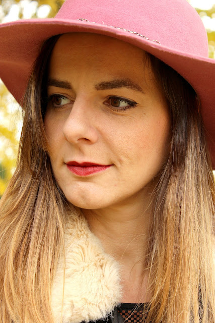 capeline rose headict, jupe comptoir des cotonniers les petites bulles de ma vie